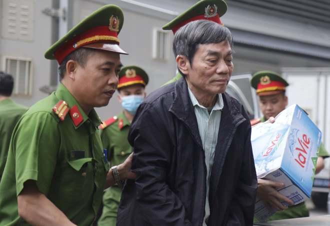 Chân dung cựu lãnh đạo thép Việt Nam cùng 18 đồng phạm tuổi U70 làm thất thoát 830 tỷ đồng tại TISCO - Ảnh 3.