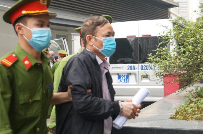 Chân dung cựu lãnh đạo thép Việt Nam cùng 18 đồng phạm tuổi U70 làm thất thoát 830 tỷ đồng tại TISCO - Ảnh 6.