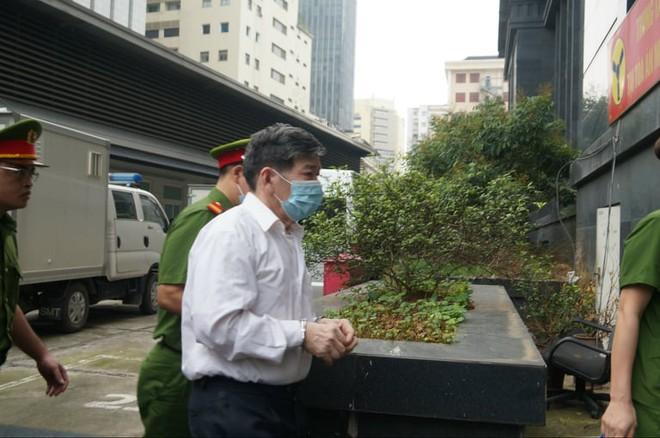 Chân dung cựu lãnh đạo thép Việt Nam cùng 18 đồng phạm tuổi U70 làm thất thoát 830 tỷ đồng tại TISCO - Ảnh 5.