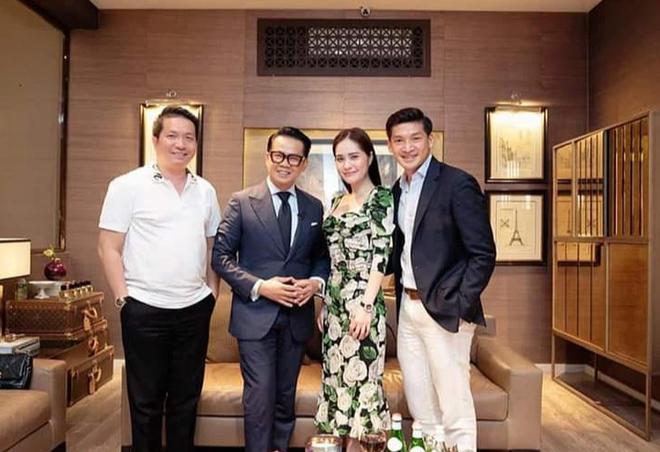 Nhan sắc gợi cảm, cuộc sống siêu giàu của ca sĩ chi 7,5 tỷ mời Quách Thái Công thiết kế nhà - Ảnh 11.