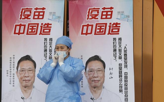 """Quan chức Trung Quốc """"chữa cháy"""" sau tin thừa nhận vaccine trong nước hiệu quả thấp"""