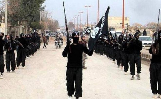 """Chiêu trò hiểm độc của IS khiến Nga """"đứng ngồi không yên"""" ở Syria"""
