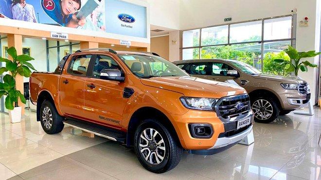 """Ford Ranger lên đỉnh sau ồn ào chảy dầu, vua doanh số Toyota Vios vẫn chưa thôi """"vi hành"""" - Ảnh 1."""