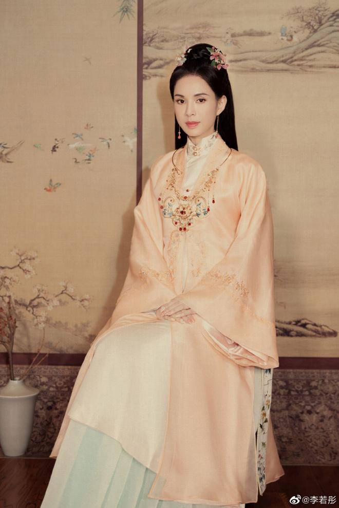 Ở tuổi U60, Lý Nhược Đồng vẫn đẹp ngây ngất khi tái hiện lại hình ảnh Tiểu Long Nữ - Ảnh 10.