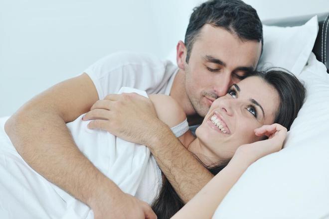 Những cặp đôi hòa hợp, tình dục thăng hoa thường có 5 điểm chung: Bạn có thuộc nhóm này không? - Ảnh 2.
