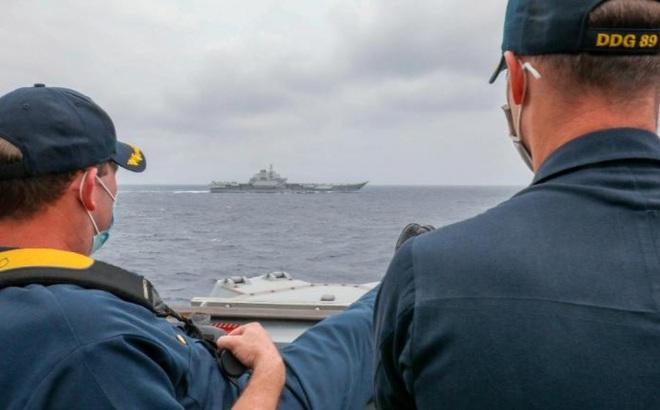 Mỹ - Trung cùng triển khai tàu sân bay ở Biển Đông khi căng thẳng leo thang