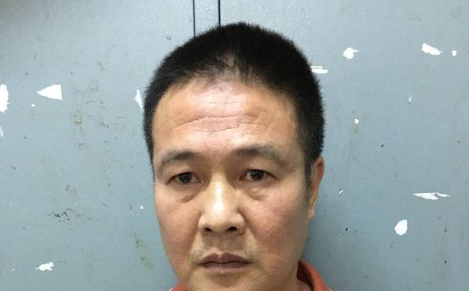 """Bắt giam quản lý nhà hàng kiêm """"tú ông"""" môi giới mại dâm ở Sài Gòn"""