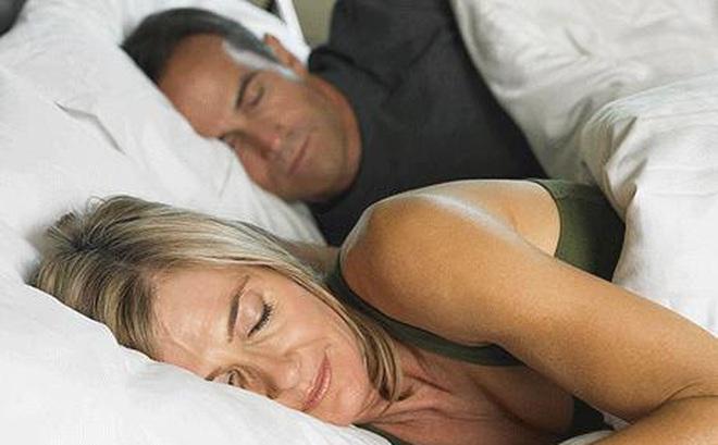 Ngủ không ngon - dấu hiệu không thỏa mãn về sex?