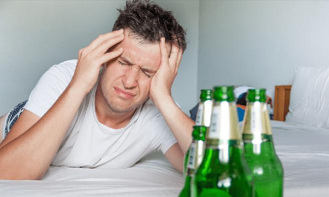 Say rượu khiến quý ông chao đảo: 5 cách làm dịu cơn say - Ảnh 4.