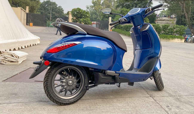 Lộ diện mẫu xe giá 30 triệu na ná Vespa, về Việt Nam có cửa đấu Honda Vison? - Ảnh 8.
