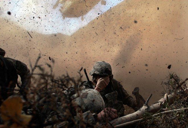 Nhìn lại toàn cảnh cuộc chiến đẫm máu dài nhất lịch sử Mỹ ở Afghanistan - Ảnh 18.