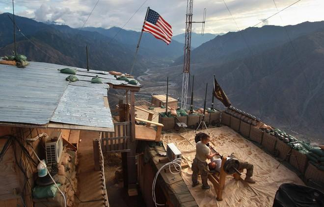 Nhìn lại toàn cảnh cuộc chiến đẫm máu dài nhất lịch sử Mỹ ở Afghanistan - Ảnh 27.