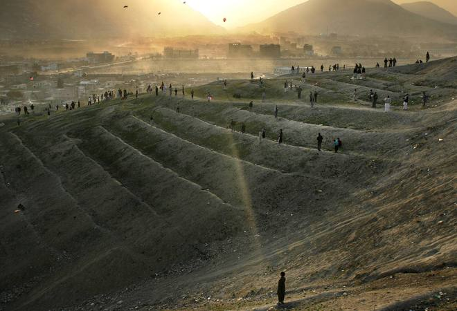 Nhìn lại toàn cảnh cuộc chiến đẫm máu dài nhất lịch sử Mỹ ở Afghanistan - Ảnh 15.