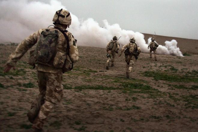 Nhìn lại toàn cảnh cuộc chiến đẫm máu dài nhất lịch sử Mỹ ở Afghanistan - Ảnh 17.