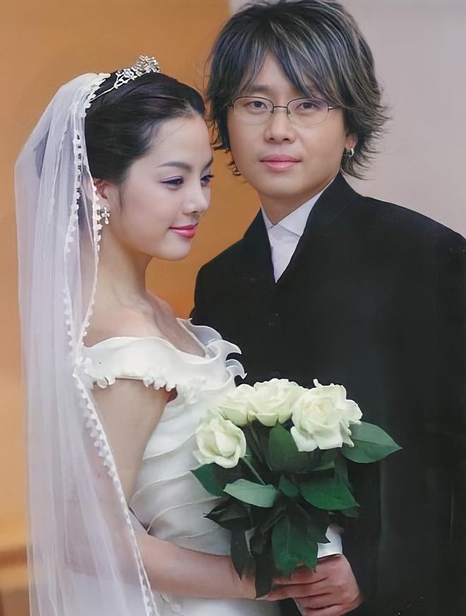Nữ thần Chae Rim ở tuổi 42: Bỏ chồng về Hàn, một mình nuôi con, giã từ showbiz để kinh doanh - Ảnh 4.