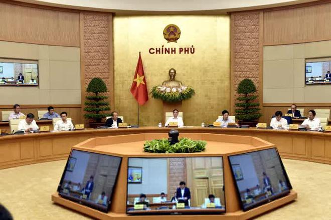 Chùm ảnh: Chính phủ họp triển khai công việc sau khi kiện toàn - Ảnh 2.