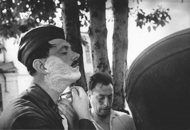 Mẹo chống chết của đội quân Liên Xô trong Thế chiến II: Tráo đồ để cái chết mù đường - Ảnh 1.