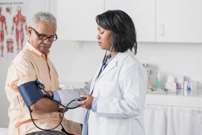 11 dấu hiệu không ngờ cho thấy bạn đang gặp vấn đề về tim mạch - Ảnh 3.