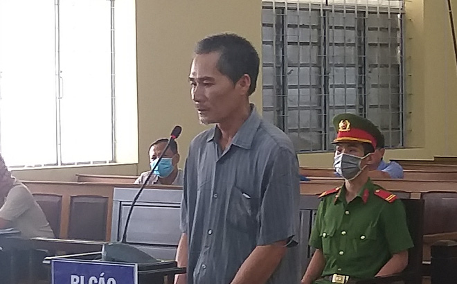 Lãnh 9 năm tù vì nhận lời cháu rể chở người nhập cảnh trái phép