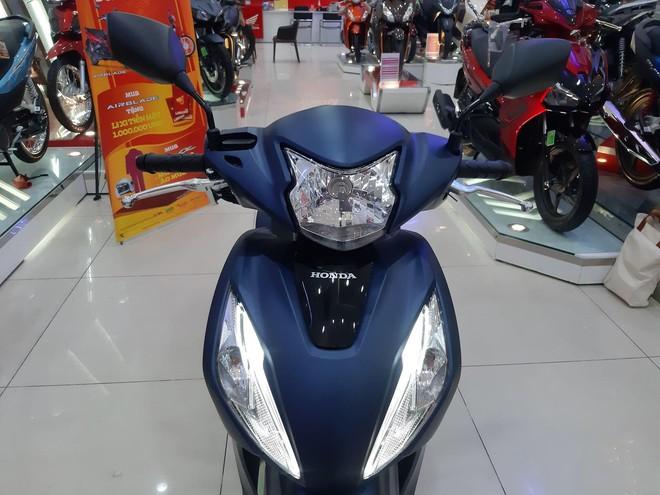 Giá Honda Vision chạm ngưỡng khó tin, phiên bản nào đang bán rẻ nhất? - Ảnh 1.