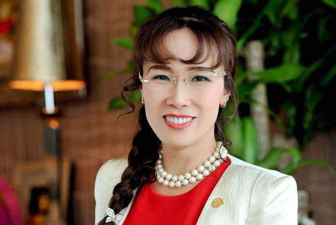 Nữ tỷ phú Việt vừa nhận Huân chương Bắc đẩu bội tinh: Hàng loạt lần đầu tiên phi thường - Ảnh 2.
