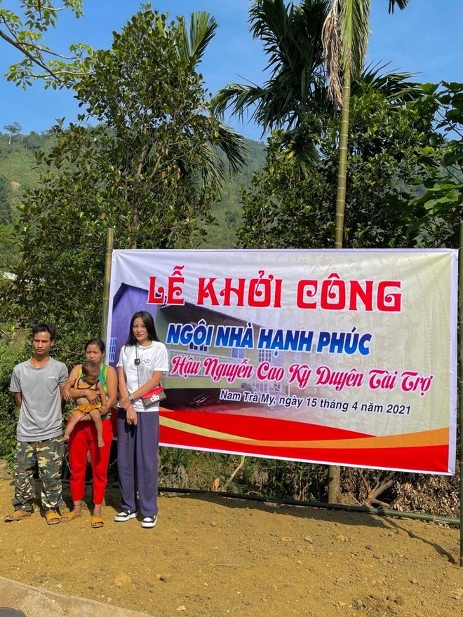 Minh Triệu đồng hành cùng Kỳ Duyên đi xây nhà cho người nghèo - Ảnh 4.