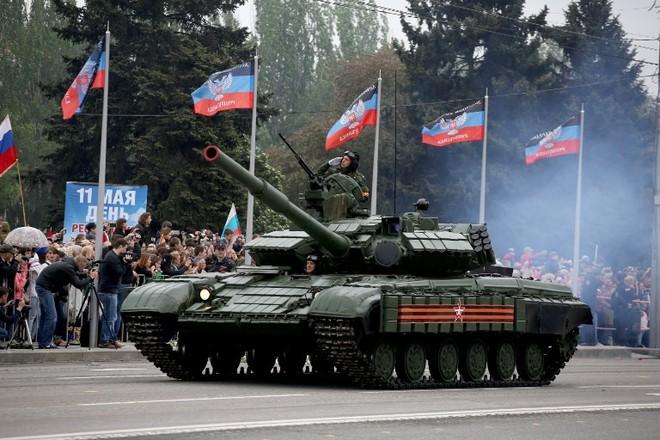TT Ukraine tuyên bố quân đội đã sẵn sàng: Mục tiêu nào ở Donbass có thể bị tấn công? - Ảnh 6.