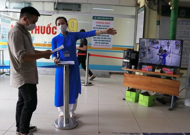 Sau những lùm xùm ở Bệnh viện Bạch Mai, bệnh nhân lại mừng ra mặt...! - Ảnh 10.