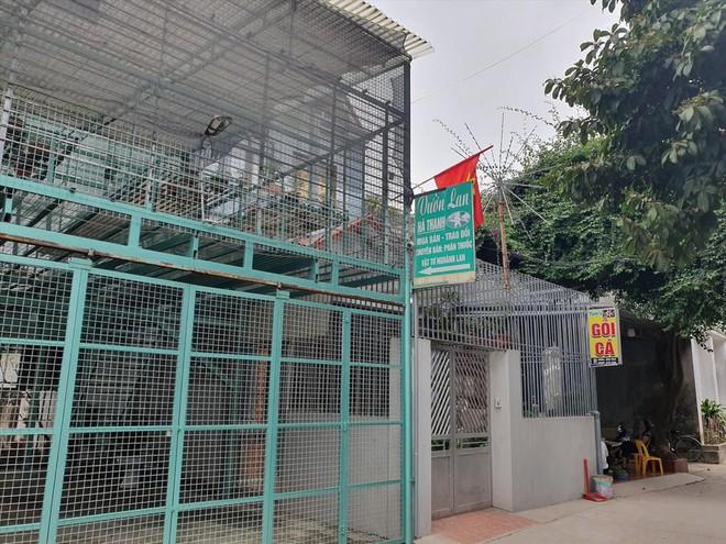 Chủ vườn lan ở Ứng Hòa không bỏ trốn như lời đồn trên mạng xã hội - Ảnh 2.