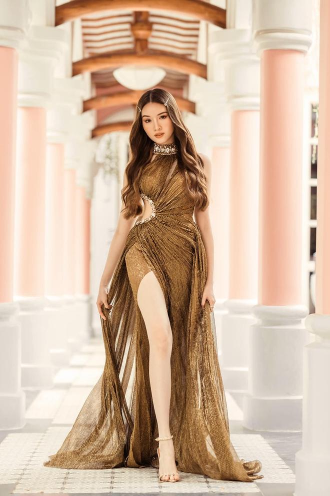 Cận cảnh đôi chân cực phẩm dài 1,1m của nữ MC Đặng Dương Thanh Thanh Huyền - Ảnh 5.