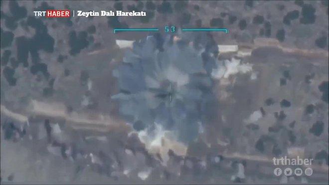 Syria: Bất lực trên thực địa, Thổ Nhĩ Kỳ tung đòn hiểm hòng thay đổi - Ảnh 1.