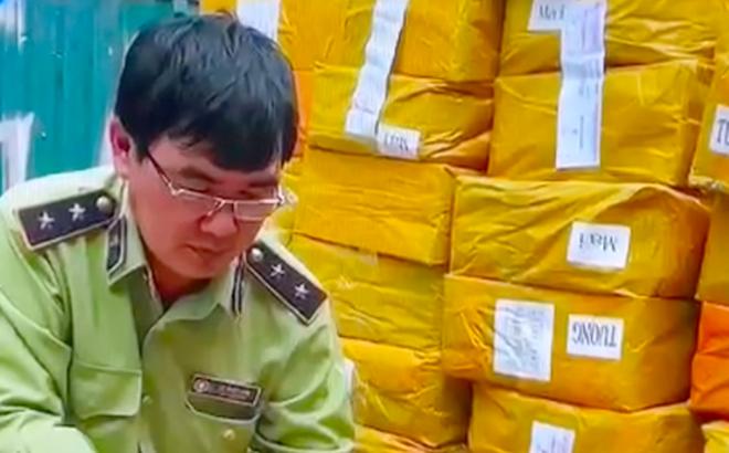 Bắt giữ gần 14.000 lọ tinh dầu thuốc lá điện tử trị giá nhiều tỷ đồng
