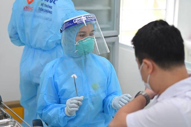 Trước văn bản bất thường về việc nhập khẩu 50 triệu liều vắc xin Moderna: Bộ Y tế nói gì? - Ảnh 1.