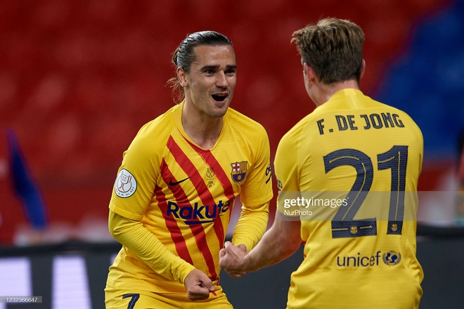 Chạy 70 mét để lập siêu phẩm, Messi cùng Barcelona giành ngôi vô địch đầy thuyết phục - Ảnh 2.