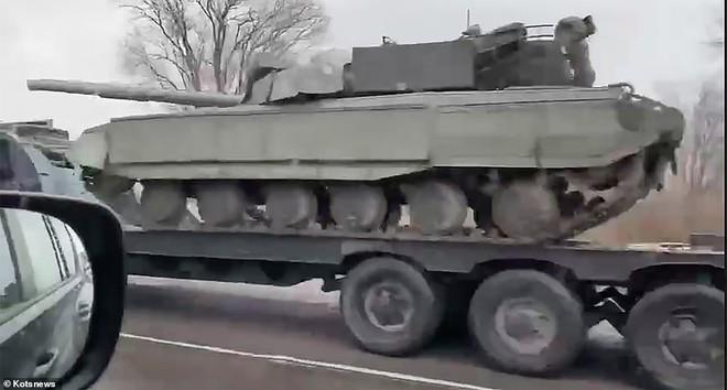 Nga – Ukraine liên tiếp nắn gân nhau: Đừng đùa với lửa - ảnh 4