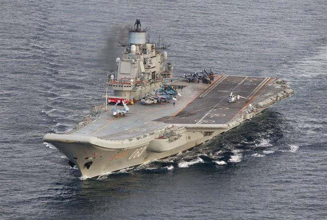 """Đô đốc Kuznetsov: Tàu sân bay """"đen đủi"""" nhất của Nga, thế giới chưa từng chứng kiến! - Ảnh 1."""