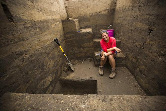 Bí ẩn chôn sâu: Thành phố sầm uất từng có 15.000 dân cư sinh sống nhưng lại bị bỏ hoang hàng thế kỷ - Ảnh 1.