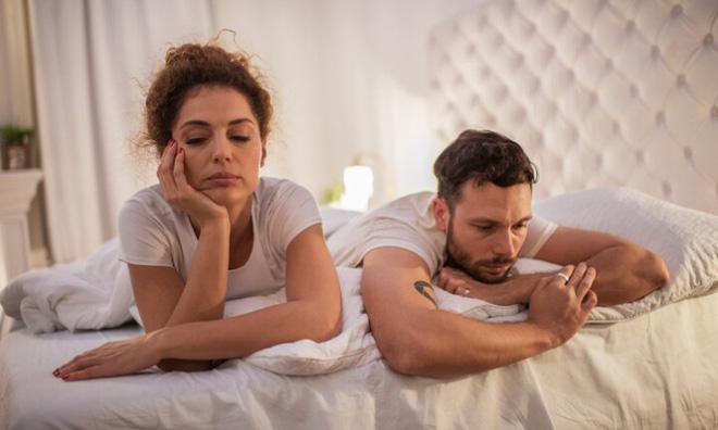 Vợ/chồng thờ ơ với tình dục: Nên và không nên làm gì? - Ảnh 1.