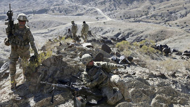 Ai đứng sau quyết định rút lực lượng Mỹ khỏi Afghanistan? - ảnh 2
