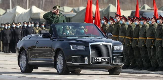 NATO nhìn thấy Nga là chạy, Ukraine phải tự lo lấy thân mình? - ảnh 1