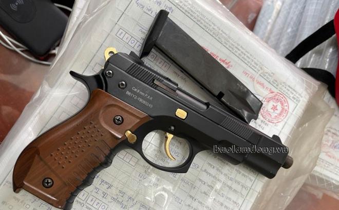 """Đã bắt được kẻ gây án manh động có vũ khí """"nóng"""", di lý từ TP.HCM về Lâm Đồng"""