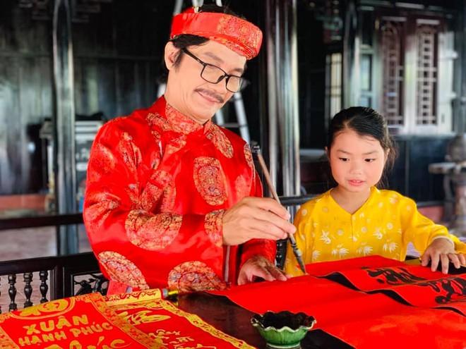 NSƯT Công Ninh tiết lộ lý do cưới vợ kém 22 tuổi và nỗi lo con mới 7 tuổi cha đã 60 - Ảnh 6.