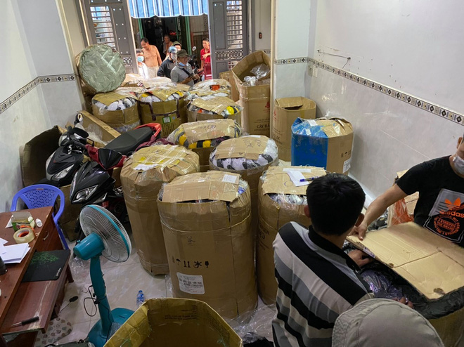 Khởi tố vụ án sản xuất buôn bán nón Sơn giả cực lớn ở Sài Gòn - Ảnh 1.