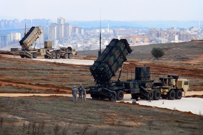 Báo Nga: Lớn tiếng đòi Patriot, Ukraine chưa sáng mắt với đống rác QS được Mỹ viện trợ? - Ảnh 1.