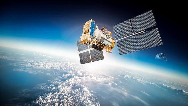 Vị thế thống trị của Musk trong lĩnh vực Internet vệ tinh toàn cầu có bị lung lay? - Ảnh 1.