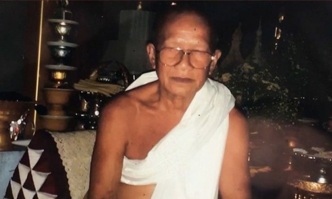 Thái Lan: Sốc vụ nhà sư tự lấy đầu mình bằng máy chém - Ảnh 1.