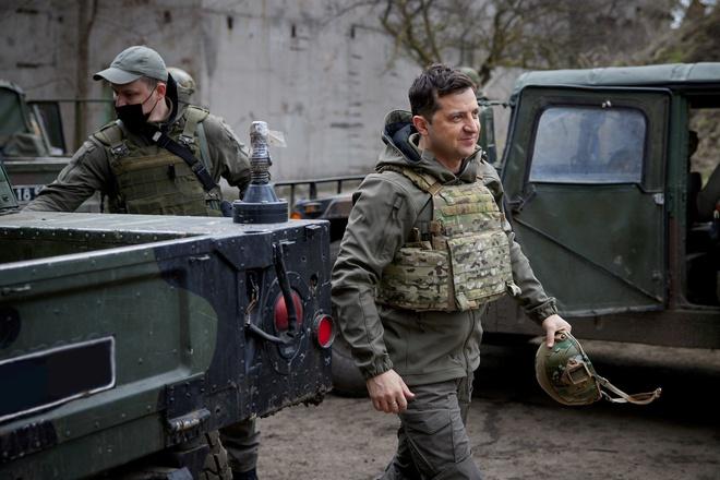 TT Ukraine mời ông Putin ra tiền tuyến nói chuyện; binh sĩ Ukraine không lạc quan về phương Tây - Ảnh 2.