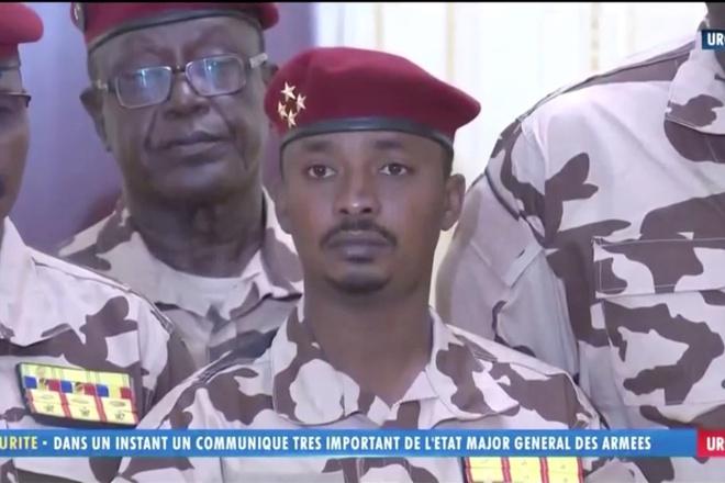 Tổng thống CH Chad tử trận, con trai lên nắm quyền - Chuyên gia: Về lý thuyết, đó là đảo chính - Ảnh 2.