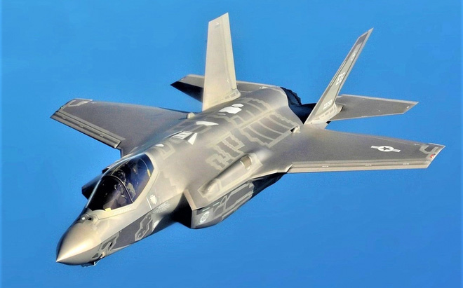 Chiến đấu cơ tàng hình F-35 có thể là một cấu phần của Bộ ba Hạt nhân Mỹ - ảnh 3