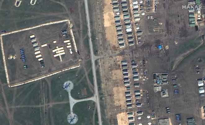 Lực lượng Nga hùng hậu sẵn sàng dọc biên giới Ukraine - Ảnh 3.
